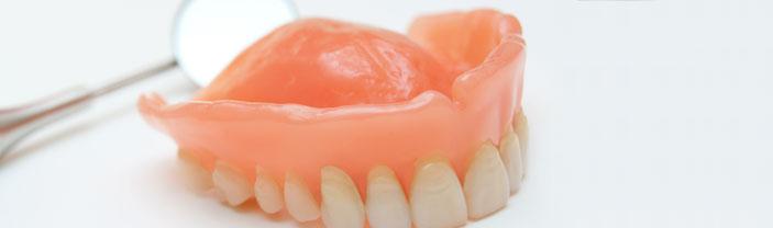 Sleeping With Dentures Increases Pneumonia Risk